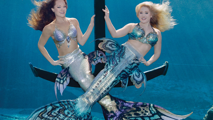 photo of mermaids at weeki wachee